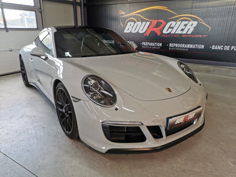 Porsche 991 II Carrera GTS